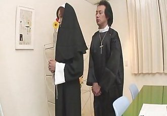 Naughty Nun spreads wide and sucks dick Hitomi Kanou - 8 min