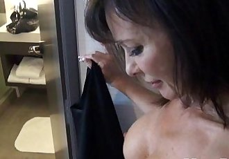 Swinger MILF behind the scenes BJ