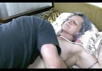 Old granny get pussy licked by young guy - 5 min