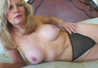 Blonde Milf experienced teaser - 6 min