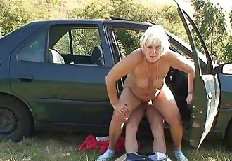 70 years old granny gets banged roadside - 6 min HD