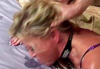 blazing blonde MILF Darlene - 5 min