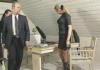 Gruppsex med svensk MILF