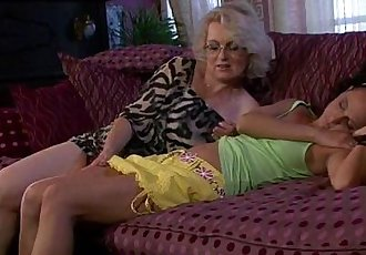 Lezzie action with girl and mom - 6 min