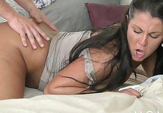 MOM Cock loving Brunette get filledHD