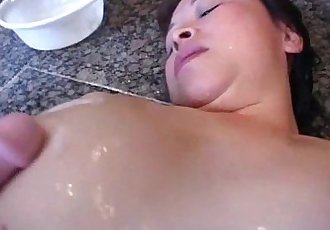Asian granny gets her hairy pussy dildoed - 7 min