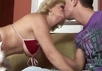 Blonde busty mature GILF amateur nailed - 6 min