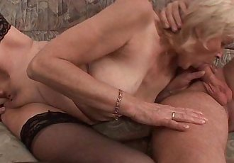 Grandma in stockings gets a facial - 6 min HD