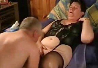 Must see this pervert old slut. Amateur older - 2 min