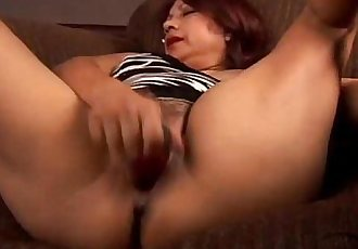 Gorgeous mature mexican - 5 min