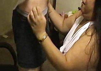 Cynful Presents: Blowjobs and Cumshots - 7 min