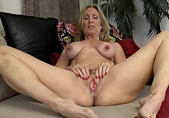 Mature Show Her Huge Nipples69webcams.tk